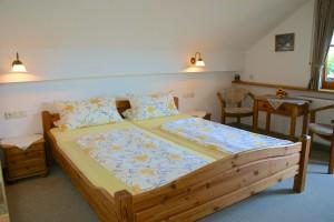 zweites Schlafzimmer Ferienwohnung Jugetblick