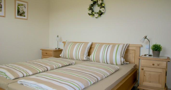 Schlafzimmer Ferienwohnung Alpenblick